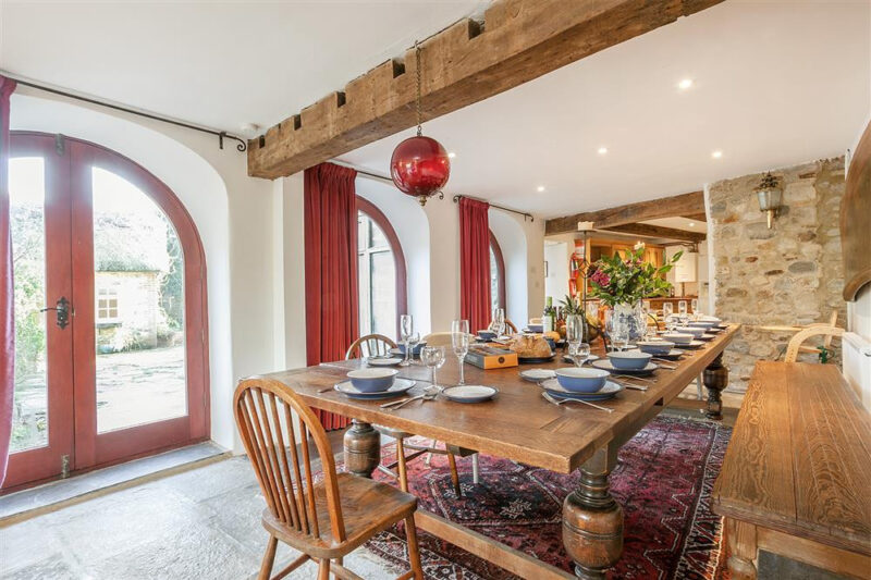 The Coach House - large dining table for 15